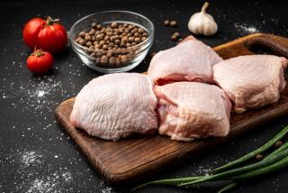 Heirloom Chicken Bone In Thighs